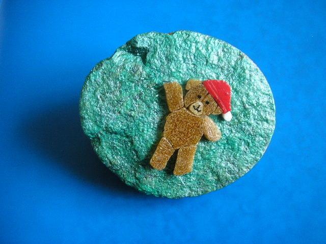 Fermacarte con mosaico orsacchiotto / orsetto su sasso .