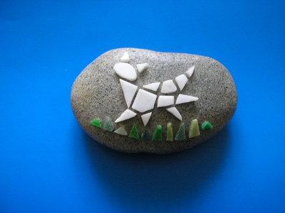 Fermacarte con mosaico gatto su sasso