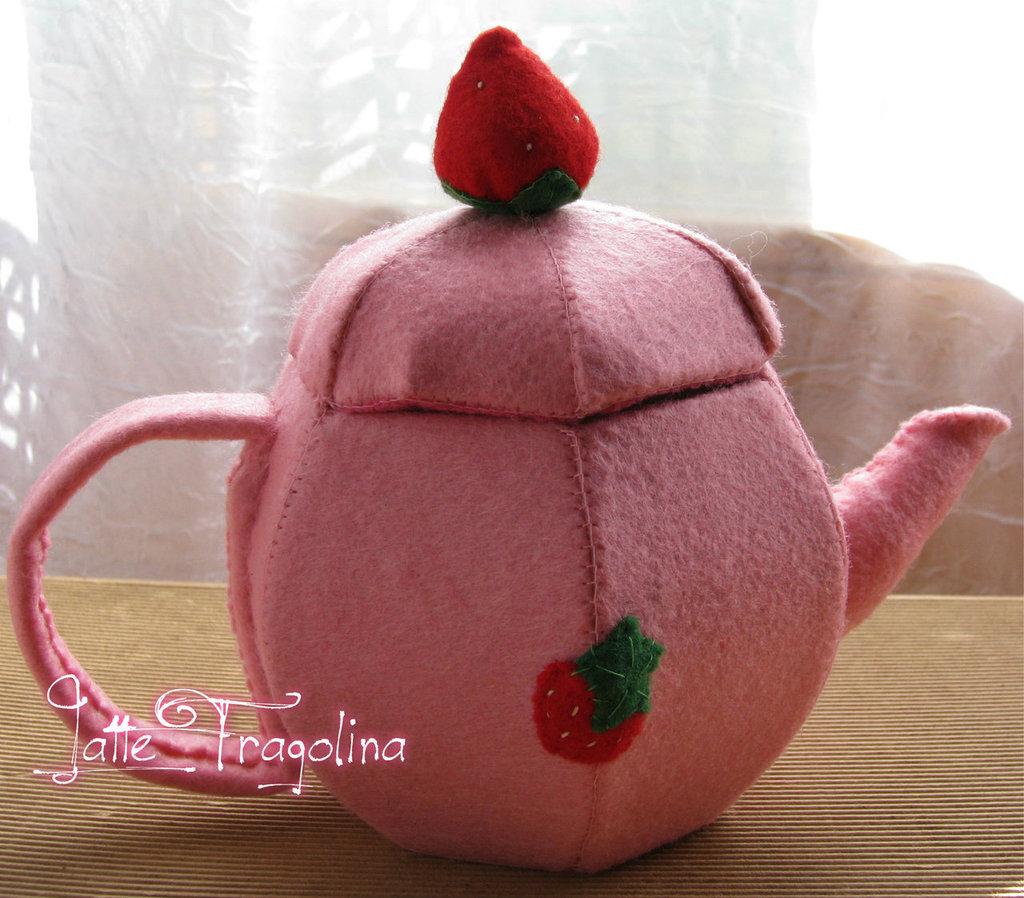 """Teiera giocattolo in feltro realizzato a mano  """"tè rimovibile!"""""""