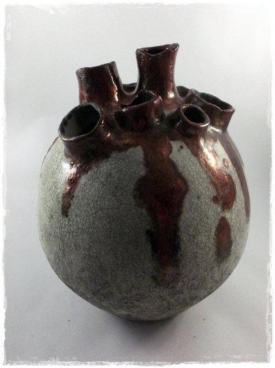 """Vaso raku bianco rosso rame """"Cuore"""" realizzato a mano"""