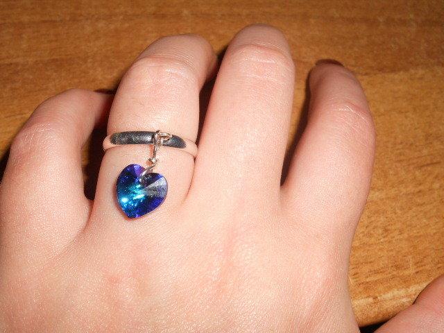 anello con cuore swarovski blu