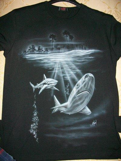 T-shirt  Squali