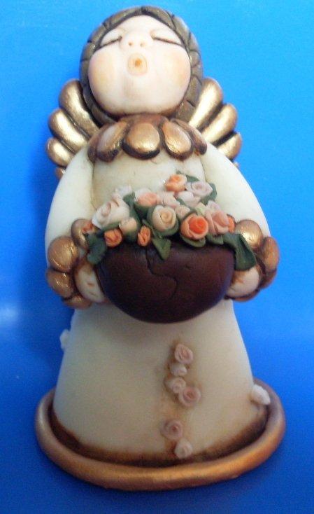 Angelo con cesto di rose alt.14