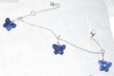Bracciale con farfalle in vetro blu