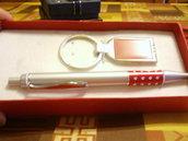 Confezione penna + portachiavi