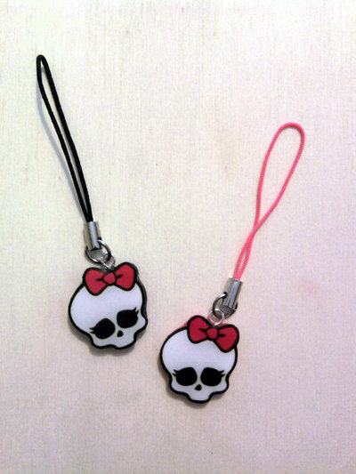 Phonestraps con logo Monster High fimo