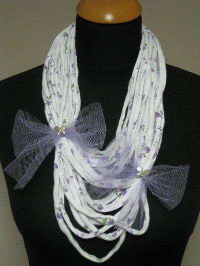 Collana fettuccia bianca e lilla