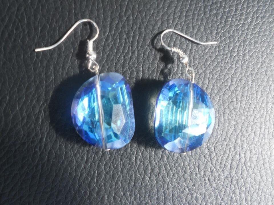 orecchini con gocce blu