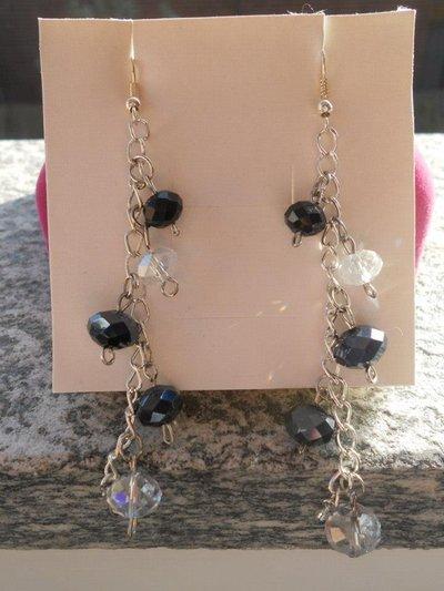 orecchini con catena e mezzo cristallo nero-crystal
