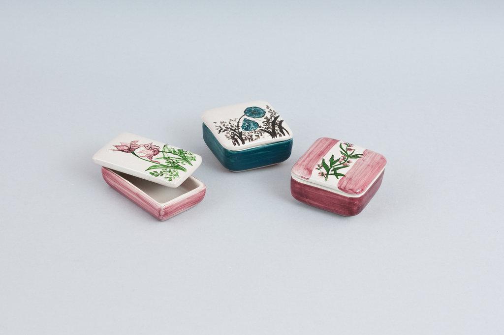 bomboniera in ceramica scatolina fatta a mano