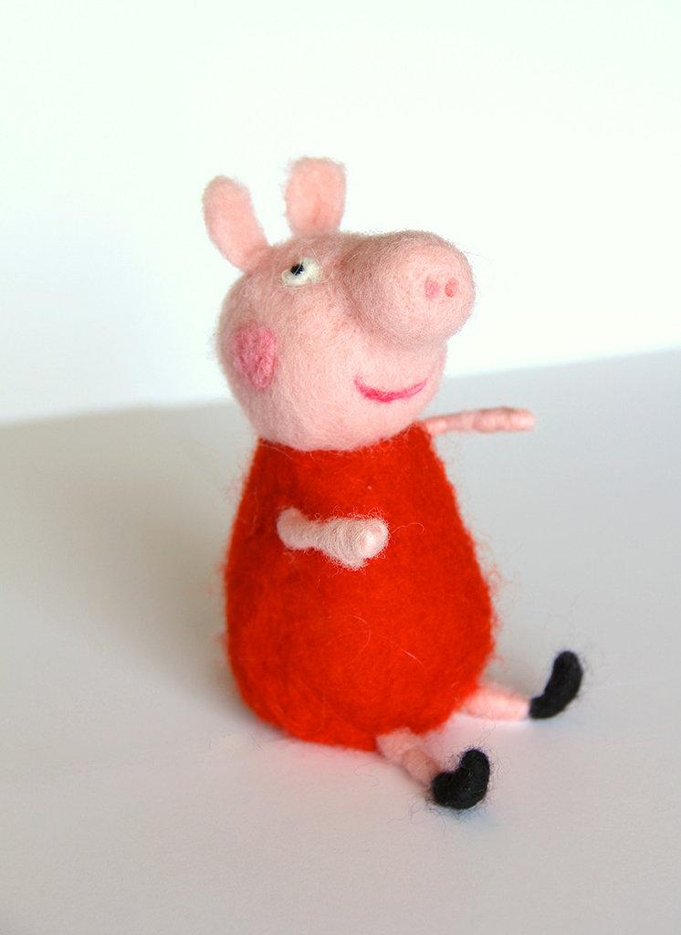 Pepa pig in lana cardata