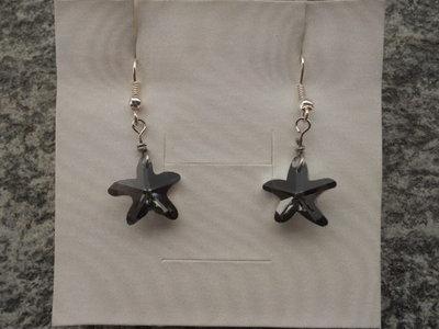 orecchini corti con stellina nera