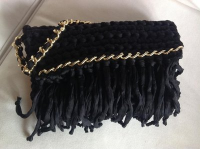 borsa con frange nera