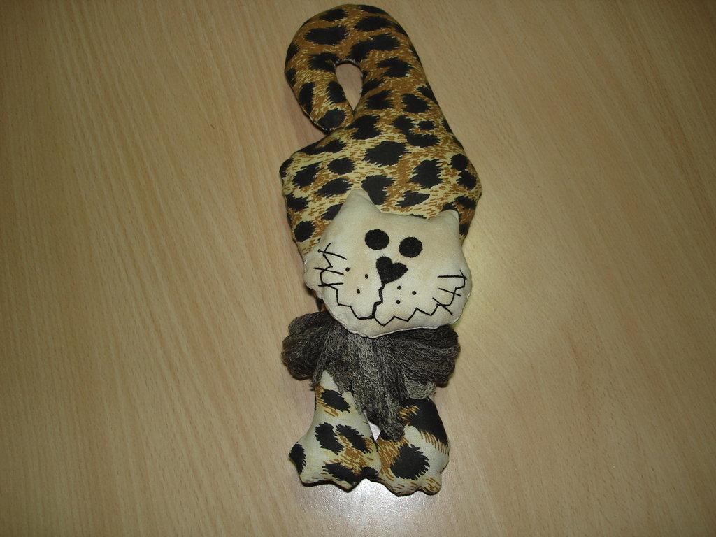 gatto da maniglia