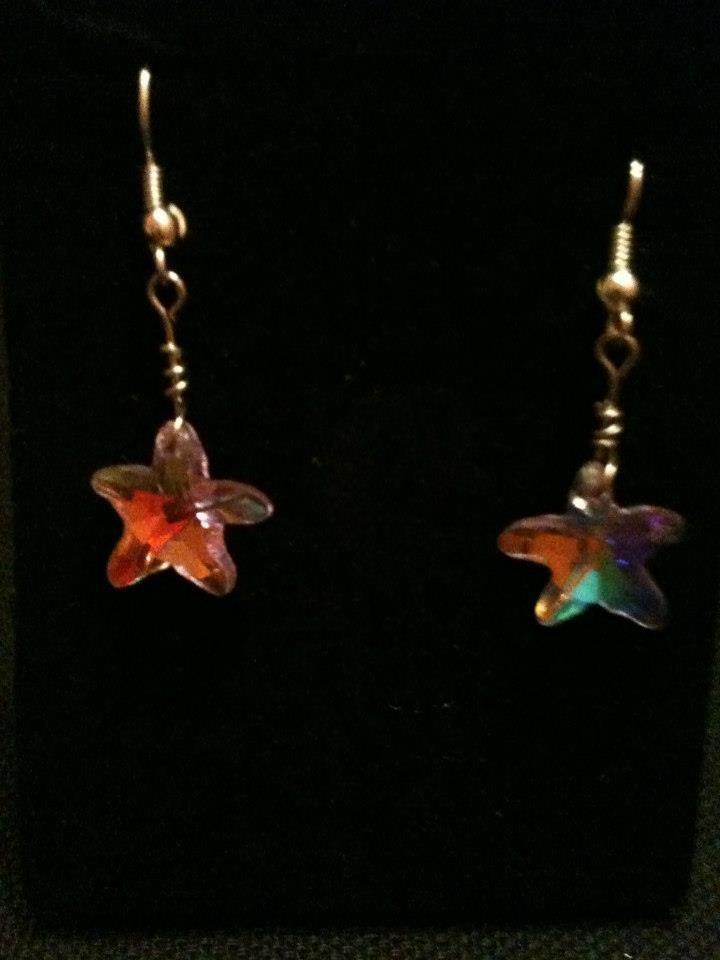 orecchini corti con stellina lilla