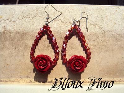 orecchini con rose rosse