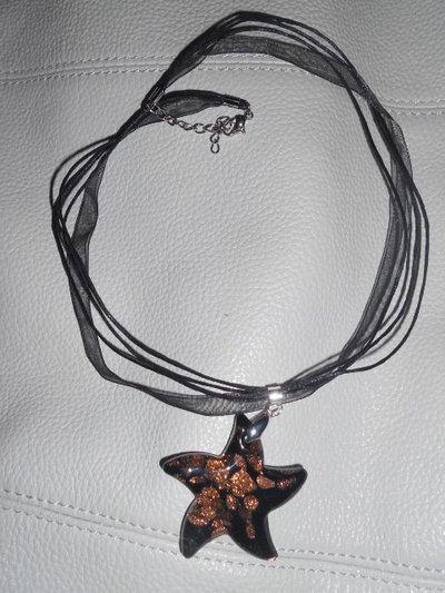 Collana con stella murano nera