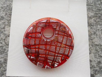 donut in vetro di murano rosso