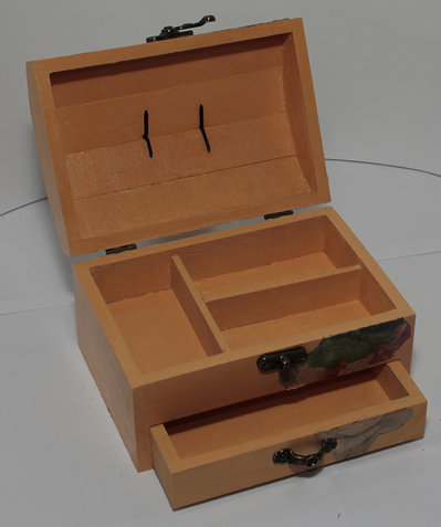 Portagioie in legno con cassettino per la casa e per te - Portagioie fai da te ...