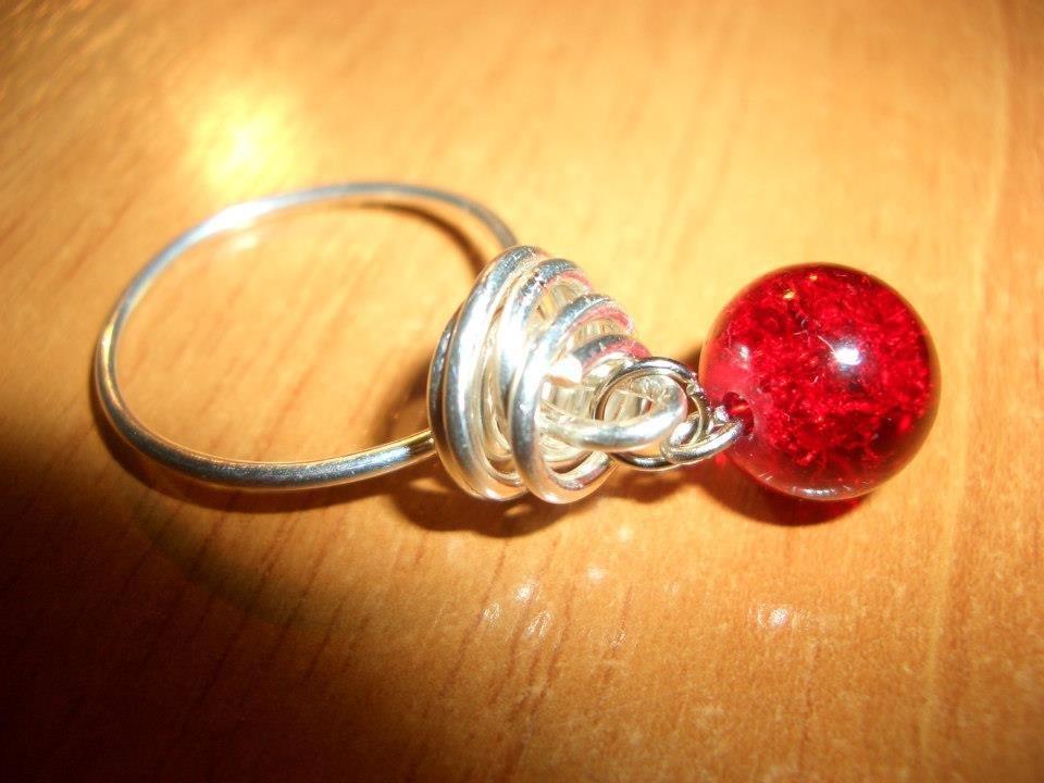 anello wire con cracker rosso