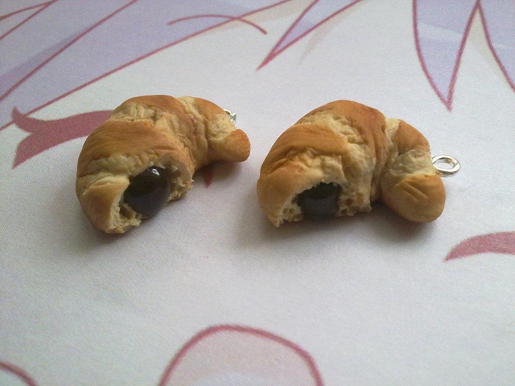 Charm fimo croissant