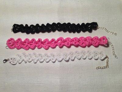 Bracciale braccialetto cuori cuoricini love fatto a mano all'uncinetto in cotone di vari colori moda (gioielli / bijoux)
