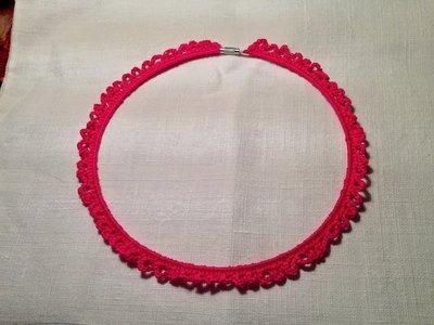 Girocollo rigido collana (mod. 1) fatto a mano all'uncinetto in cotone di vari colori moda (gioielli / bijoux)