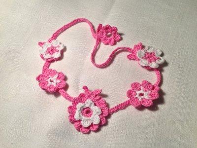 Collana girocollo 5 fiori flowers 2 tonalità fatta a mano all'uncinetto in cotone di vari colori moda (gioielli / bijoux)