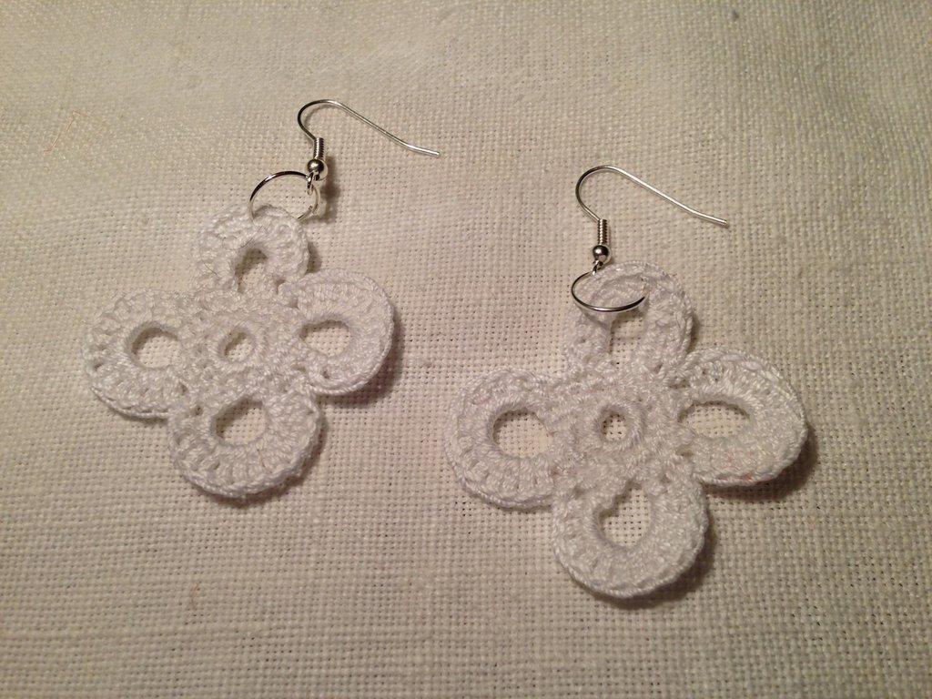 Orecchini quadrifogli fiori flowers fatti a mano all'uncinetto in cotone di vari colori moda (gioielli / bijoux)