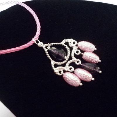 Collana ciondolo rosa viola