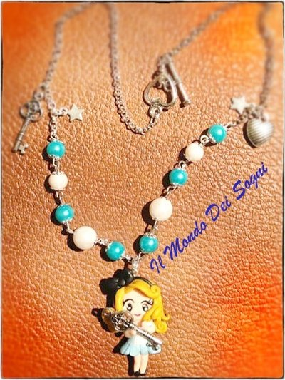 Collana Alice in wonderland fimo/you clay+SCATOLINA OMAGGIO!IDEA REGALO!