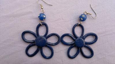 orecchini fiori blu