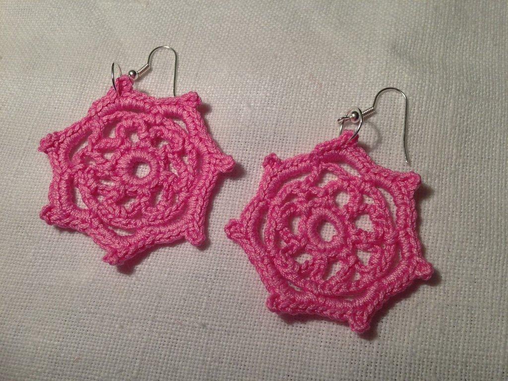 Orecchini stelle stars (mod. 2) fatti a mano all'uncinetto in cotone di vari colori moda (gioielli / bijoux)