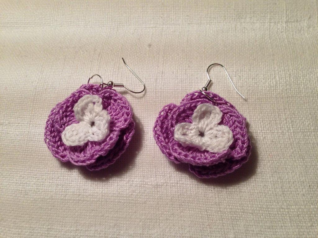 Orecchini fiori fiorellini flowers 3 strati e 2 tonalità (mod. 2) fatti a mano all'uncinetto in cotone di vari colori moda (gioielli / bijoux)