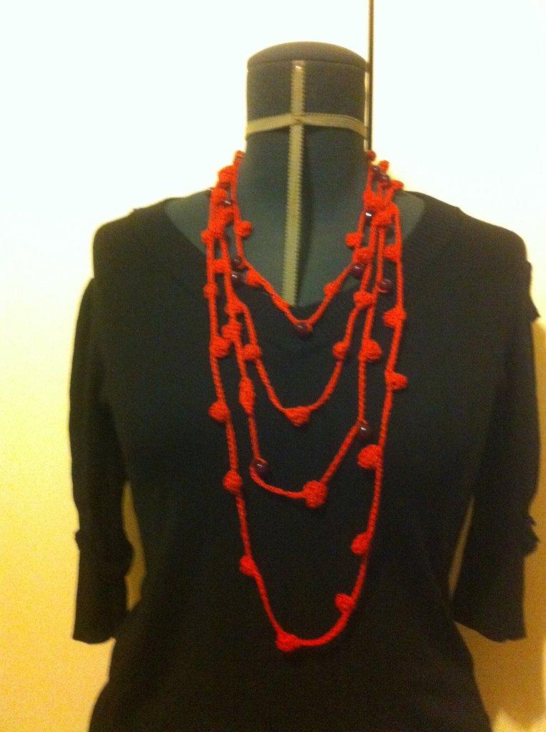 collana multifili rossa