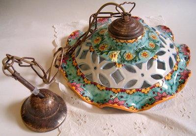 lampadario in ceramica : Lampadario in ceramica,foggiato al tornio,traforato e dipinto a mano ...