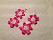 Orecchini fiori fiorellini flowers doppi 2 pendenti 2 tonalità fatti a mano all'uncinetto in cotone di vari colori moda (gioielli / bijoux)