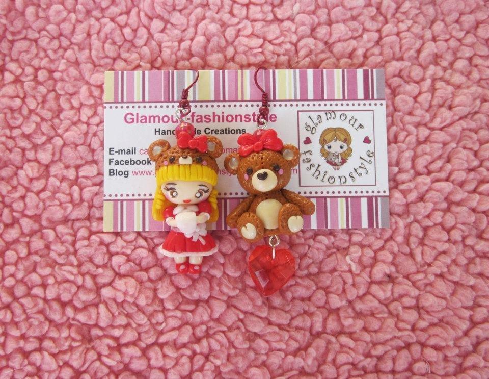 orecchini con bambola kawaii e orsetto