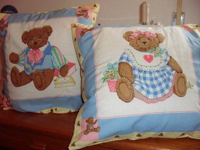 Due cuscini per camera bambini