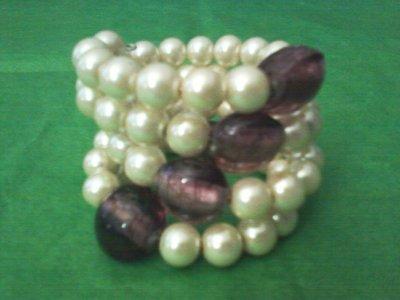 bracciale a spirale con perle