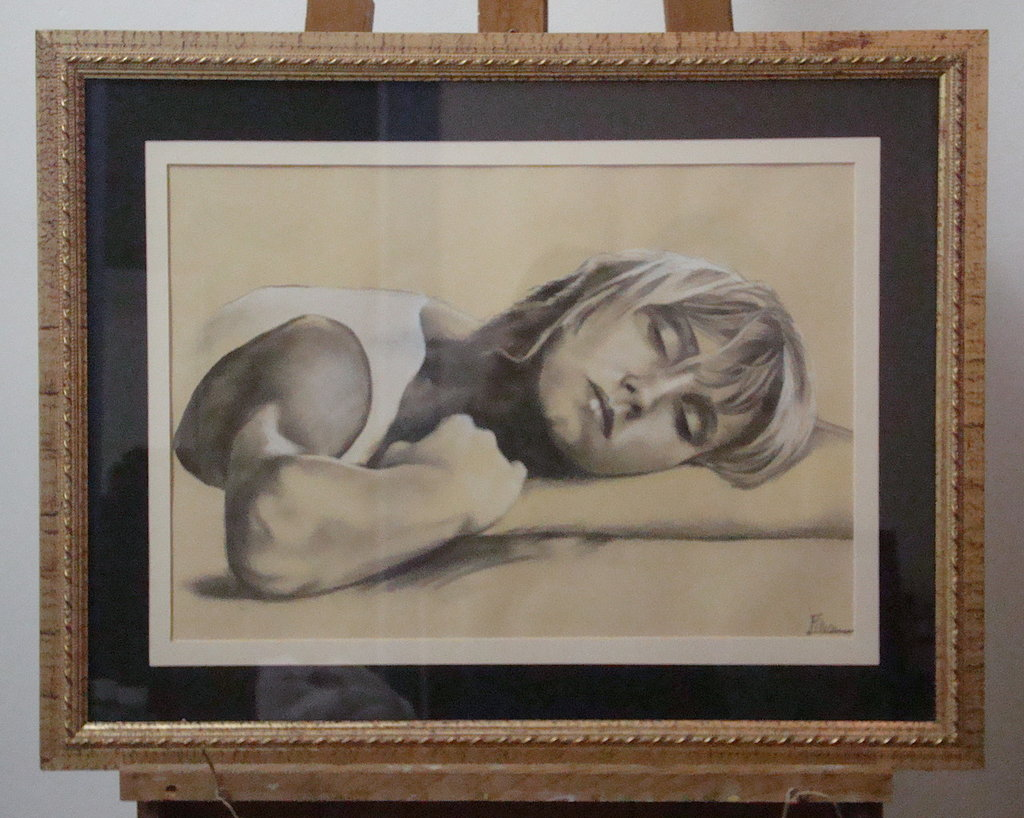 Disegno donna addormentata con cornice