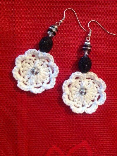 orecchini cotone bianco