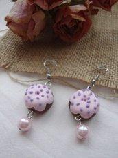 Ciambelline rosa orecchini con perla