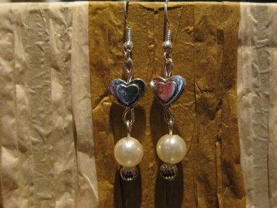 Orecchini cuoricini e perle