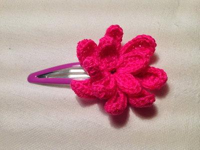 Mollette mollettine forcine per capelli bambina con decorazioni fatte a mano all'uncinetto in cotone (fiore mod. 3)