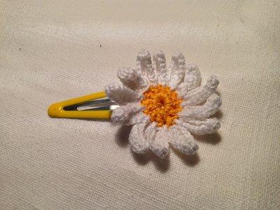 Mollette mollettine forcine per capelli bambina con decorazioni fatte a mano all'uncinetto in cotone (margherita)