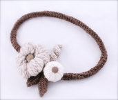 Collana uncinetto in lana a fiori 2 - fatta a mano