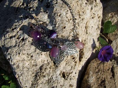 Bracciale con foglie in filigrana e pietre viola