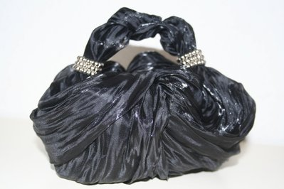 borsa organza di seta fatta a mano senza cuciture