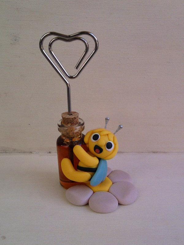Portafoto con Ape Maia con bottiglietta con miele vero fimo